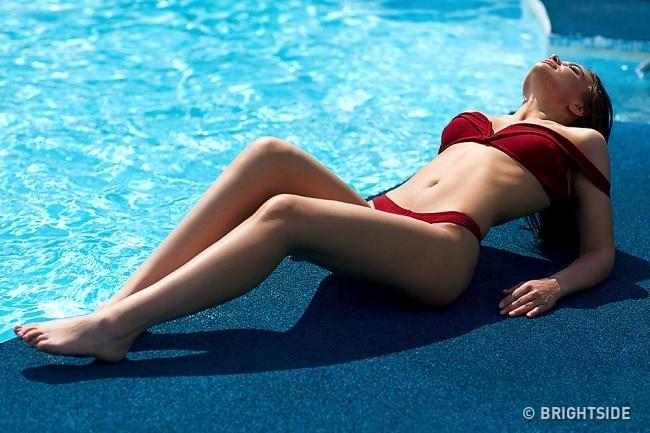 12 Lỗi tạo dáng chụp ảnh bikini ở hồ bơi và cách khắc phục