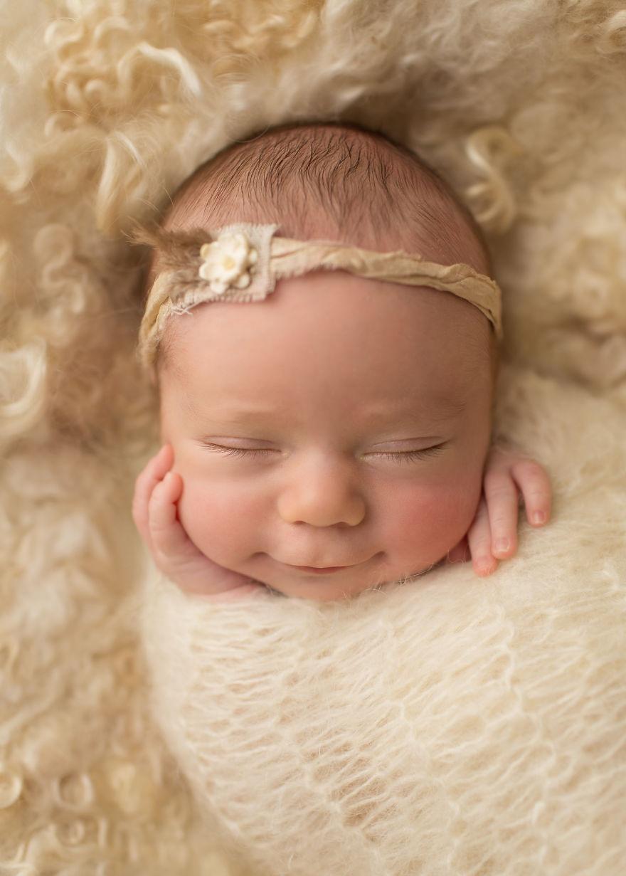 Những hình ảnh em bé đáng yêu khi ngủ đẹp nhất